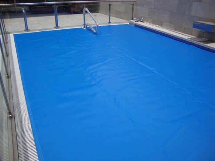 Manta t rmica para piscinas 12 x 6 mts dunner pool especialista en equipos y accesorios para - Mantas termicas para piscinas ...